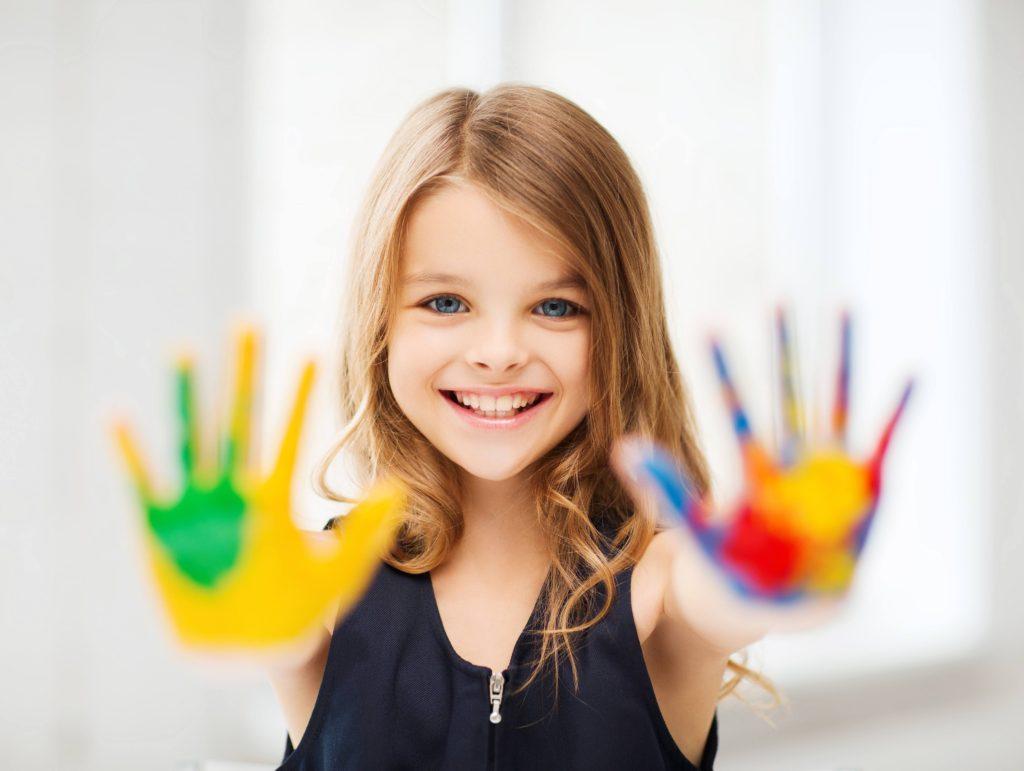 Girl_hand